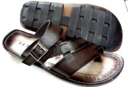 Genuine Labrato Leather with PU Bartoli Sole:  Designed Chappals for Mens